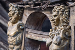 Скульптуры и украшение на сосуде пирата Стоковая Фотография RF