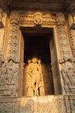 Скульптуры лорда Krishna, виска Chaturbhuj, Khajuraho, Индия, стоковое фото rf