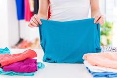 Складывая одежды. Стоковые Изображения