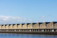 Склады на гавани Scheveningen, Нидерландах стоковые фотографии rf