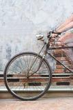 Склонность велосипеда на стене Стоковая Фотография RF