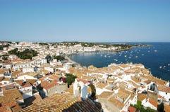 Славная деревня Cadaqués стоковые фото