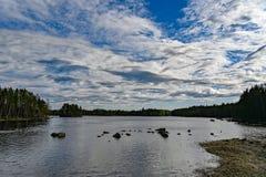 Славная картина облаков в голубом небе стоковые изображения rf