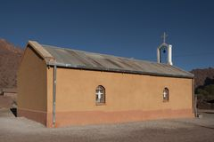 Славная маленькая церковь во время путешествия Quebradas, Боливия Стоковые Фотографии RF