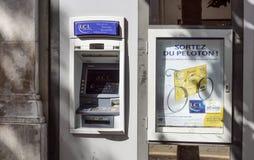 Славная Франция 15-ое августа 2017: Отделение банка в славном, Франция LCL LCL часть кредита Agricole, 2-ого самого большого банк Стоковые Фотографии RF
