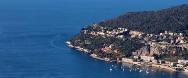 Славное ` Azur французской ривьеры, CÃ'te d, среднеземноморское побережье, Eze, St Tropez, Канн и Монако Яхты открытого моря и ро стоковое изображение