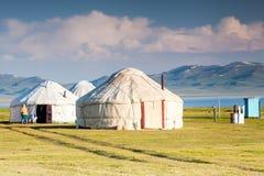 Славные горы в стране Кыргызстана Стоковые Изображения