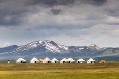 Славные горы в стране Кыргызстана Стоковые Изображения RF