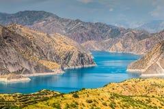 Славный взгляд резервуара Nurek в Таджикистане стоковая фотография