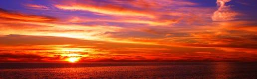 славный заход солнца Стоковая Фотография
