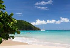 Славный пляж на Anse Marcel на St Мартин Стоковое Изображение