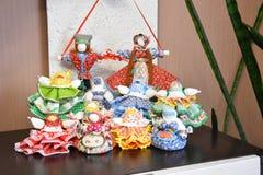 Славянские безшовные куклы от материала стоковое изображение