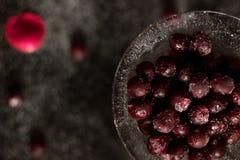 Сладостные и замороженные вишни стоковые изображения