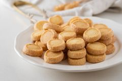 Сладостные печенья и печенья десертов на праздники: рождество, благодарение, канун ` s Нового Года Стоковая Фотография RF