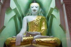 Сладостный глаз Будда Янгон, Мьянма Стоковые Изображения RF