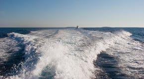 следуя за волна Стоковое Изображение