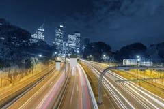 Следы света автомобиля стоковое изображение rf