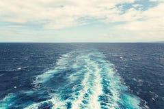 След корабля на океане Стоковое Фото