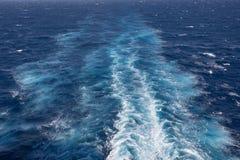 След корабля на океане Стоковые Фотографии RF