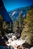 След национального парка Yosemity, Калифорния, США Стоковое Изображение RF