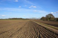 След фермы с вспаханными полями Стоковое Изображение