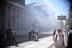 Слезоточивый газ над Беркли стоковые изображения rf