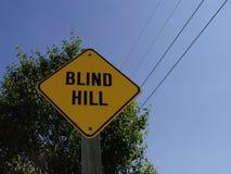 слепой знак холма Стоковые Изображения