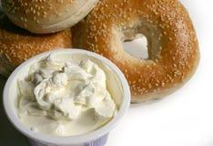 сливк сыра bagel Стоковое фото RF