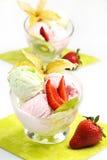 сливк fruits льдед Стоковое Изображение RF