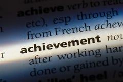 Слово достижения в словаре Концепция достижения стоковое изображение rf