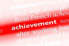 Слово достижения в словаре Концепция достижения стоковое фото rf
