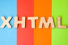 Слово или аббревиатура XHTML, знача раздвижной язык гипертекстовой разметки как язык программирования интернета на предпосылке 4 Стоковое фото RF