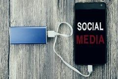 Слово, писать социальные средства массовой информации Концепция дела для средств массовой информации общины социальных написанных стоковые фото