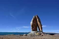 сложенные камни ладоней namco озера Стоковые Изображения RF