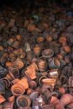 Сломанная керамика в плите ждать повторно использует стоковые изображения