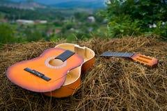 сломленная гитара Стоковое Фото