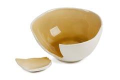 сломленная керамическая чашка стоковые фотографии rf