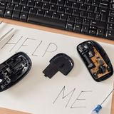 сломленная мышь компьютера Стоковая Фотография RF