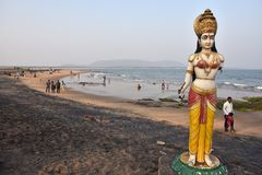 Сломленная статуя на пляже Bhimli в Vishakhpatnam стоковая фотография rf