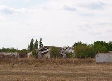 сломленная ферма старая стоковые фотографии rf