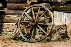 сломленное колесо фуры Стоковые Изображения RF