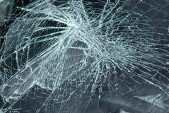 сломленное лобовое стекло Стоковые Фотографии RF