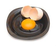 Сломленное яичко Стоковые Фото