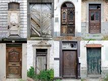 сломленные забытые двери собрания потерянными стоковая фотография rf
