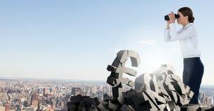 Сломленные каменные символы в городском пейзаже Стоковые Фотографии RF