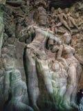 Сломленные статуи индусских богов стоковая фотография
