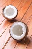 Сломленный кокос Стоковое Фото