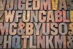случайные винтажные блоки печатания letterpress стоковые фотографии rf