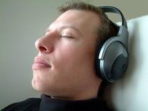 слушать Стоковые Фото