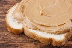 смазанный арахис масла хлеба стоковое фото rf